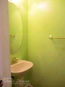 guestbathroom_before2_edited_blogwtrmk