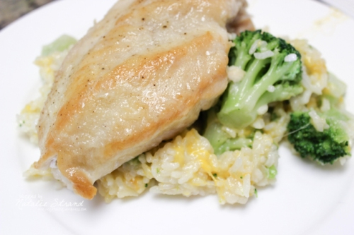 2015_08_05_ATKskilletchickenbroccheddarrice-Edit