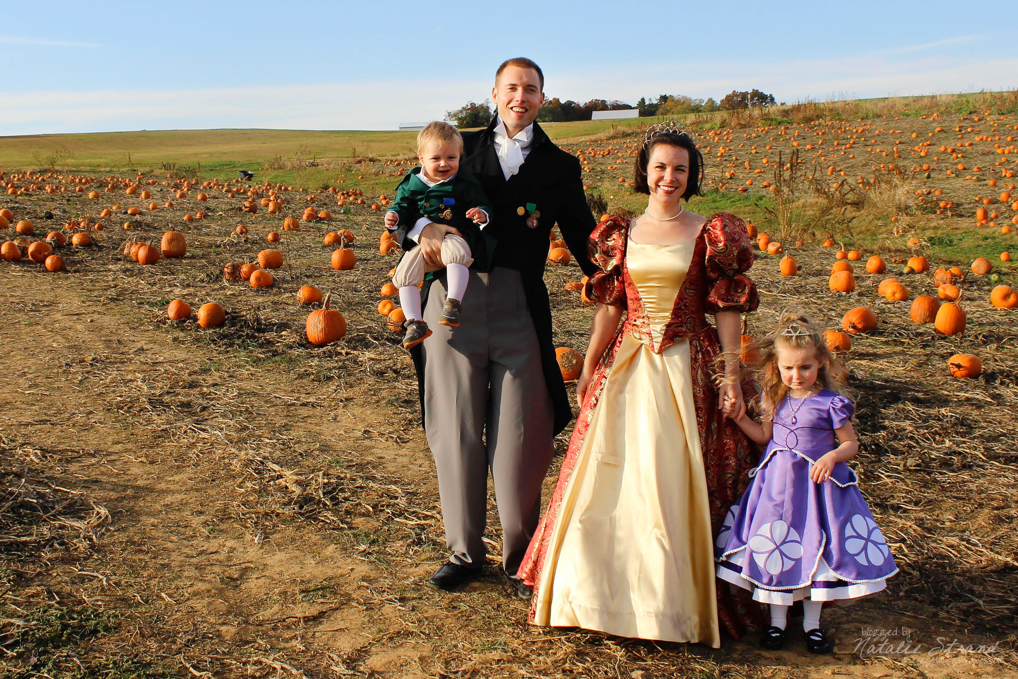 costumes 2015: the whole (royal) family | vegetablog