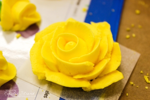 Wilton Course 2, week 2: royal icing rose