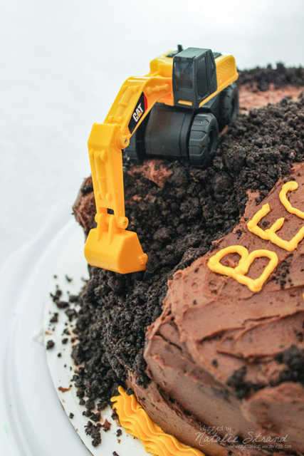2016_06_24_constructiontruckcake07-Edit
