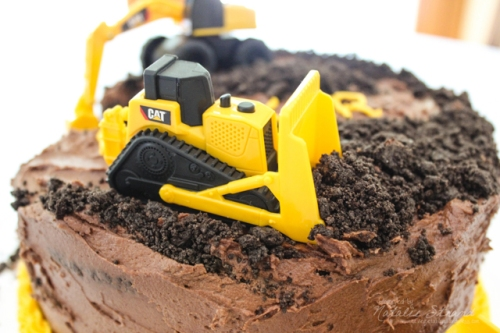 2016_06_24_constructiontruckcake08-Edit