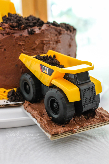 2016_06_24_constructiontruckcake09-Edit