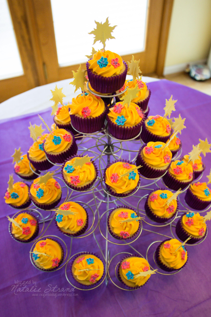 cupcakes, modeled after the Rapunzel cupcake in Vivian's game