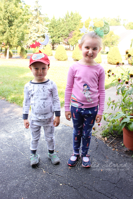 pajama night for VBS!  I made moons and stars for us to wear on our heads